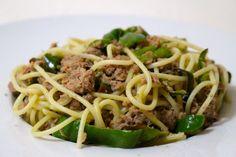 Spaghettis de thon au citron et au poivron vert