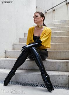 Again a great picture of Alexandra Potter wearing our Ballet Boots, Ballet Heels, Latex Fashion, Dark Fashion, Alexandra Potter, Vinyl Clothing, V Max, Daily Wear, Dress To Impress