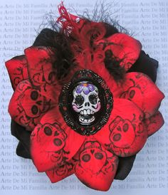 Made by my friend Melissa, available at http://www.etsy.com/listing/151914752/black-cameo-red-rose-black-rose-romantic