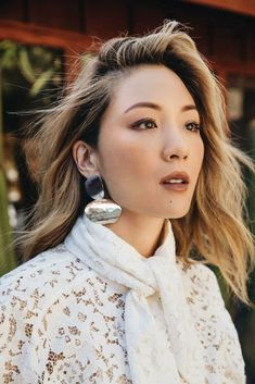 """How """"Crazy Rich Asians"""" Star Constance Wu Is Using Her Platform To Change Hollywood Anne Hathaway, Hottest Female Celebrities, Celebs, Asian Celebrities, Only Fashion, Fashion Tips, Asian Fashion, Constance Wu, Square Face Hairstyles"""