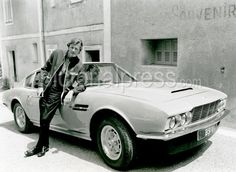 THE PERSUADERS - Roger Moore as Lord Brett Sinclair with the tv series Aston Martin DBS Classic Tv, Classic Cars, Celebrity Cars, Bond Cars, Aston Martin Dbs, Roger Moore, All Cars, James Bond, Vintage Cars