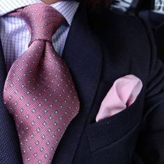 "Not many understand the beauty that is a nicely tied knot. But for the few of us who ""get it"", it's pure art. Style Gentleman, Gentleman Mode, Sharp Dressed Man, Well Dressed Men, Mens Fashion Suits, Men's Fashion, Mens Suits, Mode Costume, Designer Suits For Men"