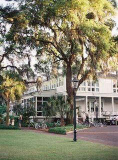 Gorgeous Old Southern Reception Home- Palmetto Bluff S.C. #weddings #southernbride