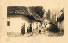 Tekovská Breznica- mladá žena má na fotke najstarší typ čepca.