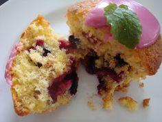 Himmelske kager: Muffins med hvid chokolade, solbær og mandler