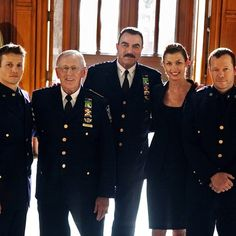 ❤❤Donnie Wahlberg❤❤ i love blue bloods will estes