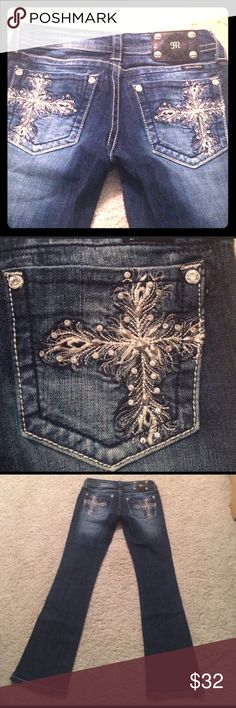 Miss Me Jeans Size 26 Miss Me Jeans. Great condition, no tears, no wear, no missing embellishment pieces. Bootcut jeans, but fit more like flare jeans. Miss Me Jeans Boot Cut