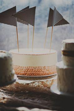 Pretty Cakes, Beautiful Cakes, Amazing Cakes, Diy Cake Topper, Wedding Cake Toppers, Cupcakes, Cupcake Cakes, Shoe Cakes, Wedding Cake Photos