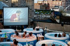 LONDON'S HOT TUB CINEMA omg this is amazing for two reasons. outdoor movie and they are watching Anchorman! I wanna go! Cinemas In London, Outdoor Cinema, Outdoor Theater, Outdoor Spa, Indoor Outdoor, Cool Inventions, Patio, Movie Theater, Jacuzzi