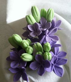 gumpaste filler flowers - Google Search