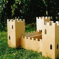 Castillo de cartón http://pekaypeke.com/es/juguetes-de-carton/93-castillo-de-carton.html