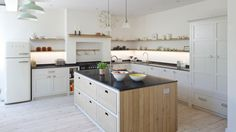 Kitchen renovation: fresh batch of design inspiration. Photography by Leigh Simpson. Design by Inglis Hall & Co. (www.inglis-hall.co.uk)