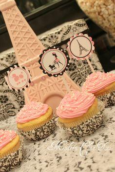 Festa Paris Pink in Paris Party Printables Paris Birthday Cakes, Parisian Birthday Party, Parisian Party, Paris Birthday Parties, Birthday Cupcakes, 10th Birthday, Paris Cupcakes, Pink Cupcakes, Bolo Paris