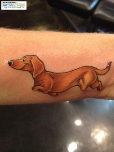 https://www.google.com.br/search?q=tatuagem dachshund