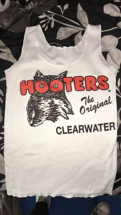 NEW HOOTERS UNIFORM TANK//DOLFIN SHORT CLEARWATER FLORIDA HALLOWEEN COSTUME L//XL