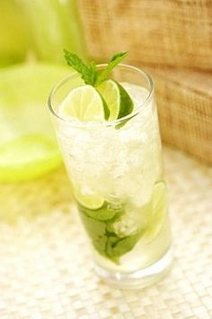 Non-Alcoholic MINT MOJITO w/ doTERRA Lime. Fresca, mint simple syrup,  mint,  rum,  4 lime oil