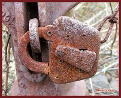 Old Rusty Lock by micamrazai