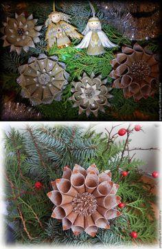 Vánoční ozdoby z plátna Burlap Wreath, Wreaths, Christmas, Home Decor, Floral Motif, Floral Arrangements, Ornaments, Xmas, Manualidades