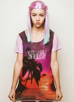 voodoo girls on holiday - t shirt palm trees, surfer look