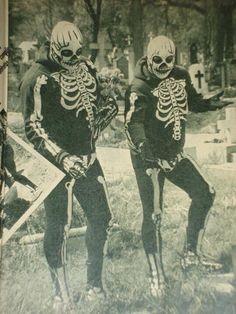 luchalibremexicana:    Hermanos Muerte.    Oh, death.