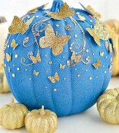 DIY Cinderella Butterfly Pumpkin # pumpkin carving ideas for kids disney DIY Cinderella Butterfly Pumpkin Cinderella Sweet 16, New Cinderella Movie, Cinderella Birthday, Cinderella Wedding, Cinderella Room, Disney Diy, Disney Crafts, Disney Sweet 16, Disney Belle