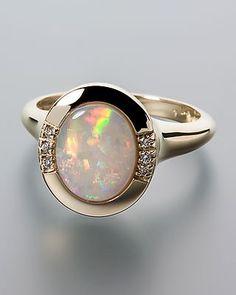 Goldring mit Mintabie Opal und Diamanten von Terra opalis #schmuck #terra…