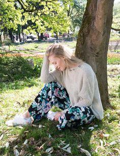 Lett og komfortabel genser som strikkes i børstet babyalpakka. New York, Knitting, Threading, Pictures, New York City, Tricot, Breien, Stricken, Weaving