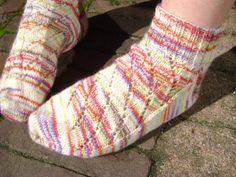Handgebreide wollen sokken sneaker sokken frisse door AnnemiekeA, $39.00