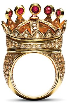 Tupac Shakur's crown ring  (designed by himself in 1996)