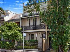110 Jersey Road, Paddington, NSW 2021 House Facades, Facade House, Victorian Terrace, Property For Sale, Paint Colors, Porch, Castle, Real Estate, Cottage