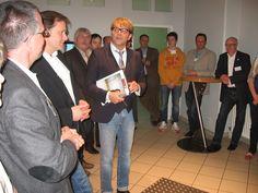 TVO-Geschäfsführer Norbert Kießling begrüßt die Gäste vom Wirtschaftsclub Bamberg