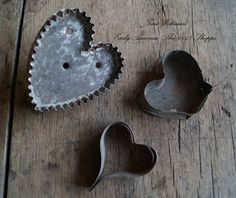 ANTIQUE COOKIE CUTTERS.