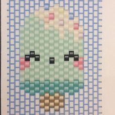 Comme promis voici les diagrammes des petites glaces, j ai hâte de voir vos réalisations! Si vous postez des photos merci d utiliser #motiflba  diagramme réservé à un usage privé #miyukibeads #brickstitch #kawaii #icecream #japanexpo #lesbijouxacidules #diagrammeperles #diagrammemiyuki Seed Bead Crafts, Beaded Crafts, Seed Bead Jewelry, Peyote Stitch Patterns, Loom Patterns, Beading Patterns, Loom Bands, Miyuki Beads, Tutorials