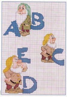 Punto de cruz: abecedario enanitos blancanieves