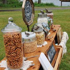 Ultime tendenze in tema di matrimoni: lo #streetwedding <3 #beerbaroow #beer #birreartigianali #italia #wedding #weddingday #weddingideas #favours #ventagli #ideenozze #pinterest #rustic #rusticchic #campania #capri #sorrento #amalfi #positano #matrimonio #nozze #weddingdesign #voilà #picoftheday #firstpost #altalene #giardino #garden ---- > TUTTO L'ARTICOLO SU ---> http://ideeperlenozze.blogspot.it/2016/05/ultime-tendenze-in-tema-di-matrimoni-lo.htm