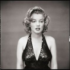"""Marilyn Monroe, actor, New York City, May 1957 Photo by Richard Avedon """"There was no such person as Marilyn Monroe. Marilyn Monroe was an invention of hers. A genius invention that she created, like an author creates a character. So when Marilyn. Richard Avedon Portraits, Richard Avedon Photography, Fotos Marilyn Monroe, Marylin Monroe, Sophia Loren, Audrey Hepburn, Katharine Hepburn, Foto Face, Yousuf Karsh"""