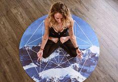 Ο διαλογισμός είναι μία διάσημη τεχνική νοητικής και σωματικής χαλάρωσης που χρησιμοποιείται από πολλούς πολιτισμούς εδώ και εκατοντάδες χρόνια... Calm Meditation App, Program Design, Kai, Mindfulness, Teacher, Yoga, Free, Professor