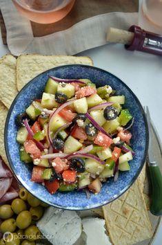 Cómo hacer una ensalada Mediterránea - Pizca de Sabor