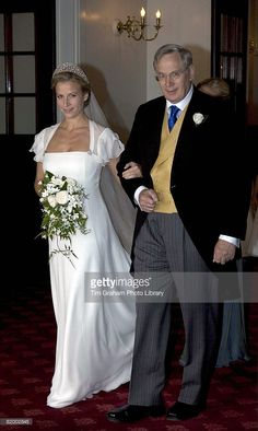 Lady Rose Windsor and her father the Duke of Gloucester attend her wedding to George Gilman at the Queen's Chapel near St James's Palace on July 2008 in London, England. Famous Wedding Dresses, Royal Wedding Gowns, Royal Weddings, Wedding Bride, Bridal Gowns, English Royal Family, British Royal Families, Royal Family Pictures, Royal Brides