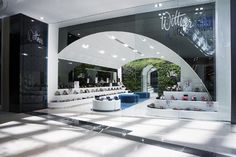 Wittner shoe store by Studio Ginger, Chadstone store design