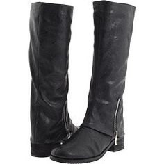 I own these boots and they are awesome!  I got them at JC Penny!