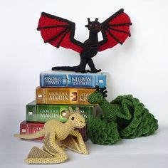 """teachingliteracy: """" knittinginthedesert: Adorable Crocheted Game of Thrones characters! Source: Luna's Crafts on deviantart """" I've reblogged some of these, but here's the whole set! It's fantastic!"""