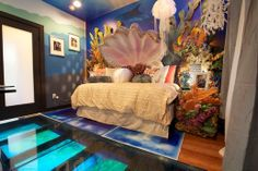 Underwater room with a mermaid theme. Could you imagine?