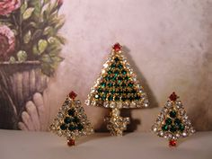 1980s Multicolored Rhinestone Christmas Tree Brooch with Matching Earrings Gold Tone Set by CarolsVintageJewelry on Etsy