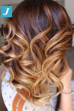 Caramel and Sand Shades _ Degradé Joelle #cdj #degradejoelle #tagliopuntearia #degradé #igers #musthave #hair #hairstyle #haircolour #longhair #ootd #hairfashion #madeinitaly #wellastudionyc