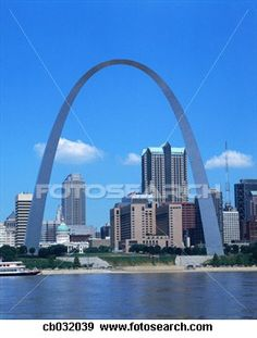 Louis Missouri - go to a Cardinal game, visit Ted Drewes, see the Bud tour, and enjoy the zoo! Places To Travel, Places To See, Places Ive Been, St Louis Attractions, Places Around The World, Around The Worlds, Gateway Arch, Best Cities, Travel Usa