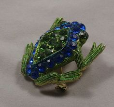 Vintage Frog Toad Brooch Pin with Sparkling by RoseCottageVintage