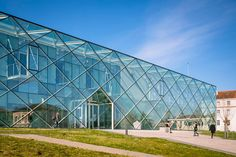 archi5 mont de marsan mediatheque marsan media library designboom ...winder what its like in there in a hot, sunny day