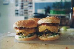 Burger breakfast