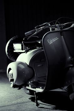 Vespa by slacabos, via Flickr